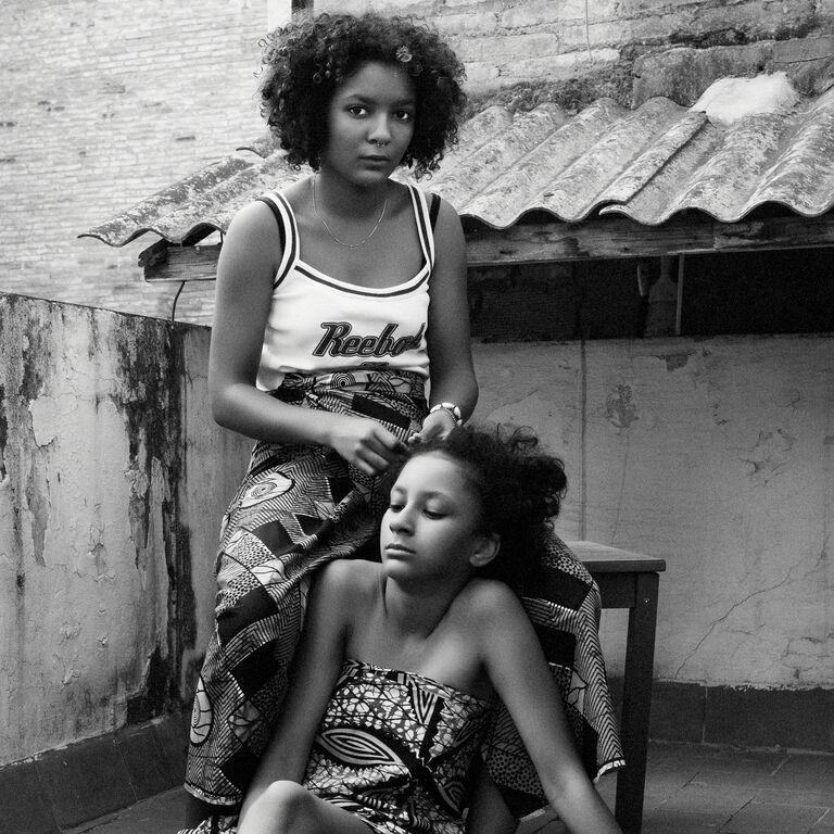 """[Difusión] Exposición """"Healing"""" de artistas afroespañolas."""