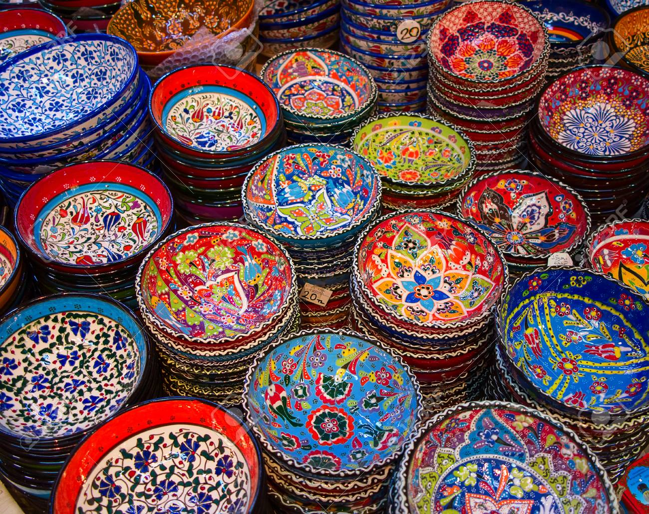 Traditional Turkish ceramics on the Grand Bazaar